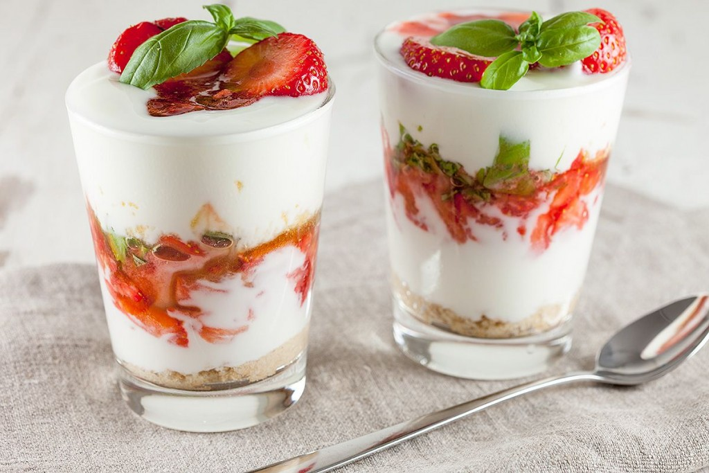 delicious-tuti-yogurt-dessert